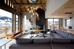 Chalet Cyanella — Megève, France - This outstanding luxury chalet was just completed by the French interior architects Bo Design. Chalet Cyanella is located in Megève, somewhere in the French Alps. Chalet Chic, Chalet Style, Ski Chalet, Chalet Design, Lodge Style, Deco Design, Design Case, Living Room Decor, Living Spaces