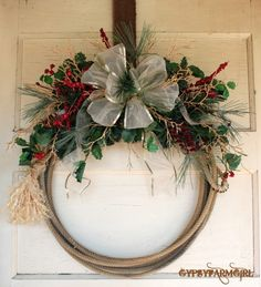 Western Lariat Rope Cowboy Christmas Wreath Price by GypsyFarmGirl Christmas Swags, Holiday Wreaths, Holiday Crafts, Christmas Crafts, Holiday Decor, Western Christmas, Country Christmas, Western Wreaths, Country Wreaths
