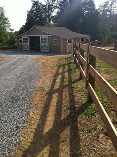 I would love to see this at the end of my lane.  Going with a prefab modular horse barn would definitely make it affordable.  This 36x24 model is located in Lenoir City, TN.  Perfect for 3 or 4 horses.