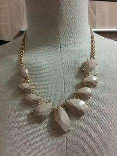Elegantni nahrdelnik nude kapky H Jewelry, Fashion, Moda, Jewlery, Jewerly, Fashion Styles, Schmuck, Jewels, Jewelery