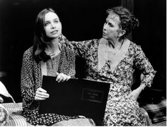 Harris as Amanda Wingfield in a 1994 Roundabout production of 'The Glass Menagerie' with Calista Flockhart as Laura.