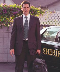 Thomas Gibson Autographed Signed 8X10 Photo COA 'Aaron Criminal Minds'