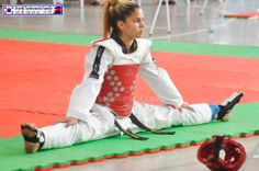 How we get ready for our matches World Taekwondo, Taekwondo Girl, Karate Girl, Korean Martial Arts, Martial Arts Women, Mixed Martial Arts, Judo, Tang Soo Do, Learn Krav Maga