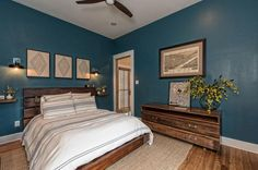 The smallet home ever featured on Fixer Upper: a beautiful 1,000 sq ft home!