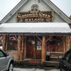Want to drink at the oldest spot in town? Check out this list of the oldest bar by state. Old Bar, Field Guide, 50 States, Cool Bars, Drinking, Old Things, America, Usa, House Styles