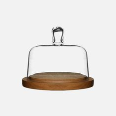Made from solid oak this cheese board comes with a clear glass dome to keep the cheese fresh. Cheese Dome, Glass Domes, Solid Oak, Scandinavian Design, Clear Glass, Dining, Larger, Stainless Steel, Nice