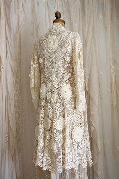 Exquisite Antique Irish Lace Wedding Coat / Museum / Crochet