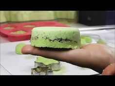 DIY Dárek na poslední chvíli (5 minut!!) BOMBY do koupele levandule | Markéta Venená - YouTube Natural Cleaning Recipes, Natural Cleaning Products, Home Made Soap, Natural Cosmetics, Spring Crafts, Bath Bombs, Craft Fairs, Diy And Crafts, Cheesecake