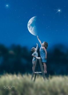"""Montage photo poétique -""""Touch the moon"""" Photoshop For Photographers, Photoshop Photography, Photoshop Tutorial, Photoshop Actions, Cute Kids Photography, Creative Photography, Cute Baby Couple, Montage Photo, Photographing Kids"""