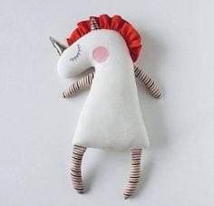 Dit speelgoed is een perfecte gift voor kinderen en volwassenen. Knuffeldier bestaat niet uit kleine of vaste delen. Geschikt voor het slapen tijd met kleintje. Zacht en gezellige Eenhoorn kan worden van een goed kind vriend! Unicorn bestaat uit gezellige fleece. Gevulde Eenhoorn was