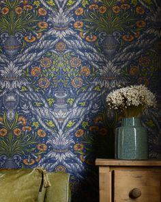 MINDTHEGAP is an eclectic brand that designs and manufactures premium home accessories. Modern Wallpaper Designs, Designer Wallpaper, Arne Jacobsen, Wall Patterns, Graphic Patterns, Cool Wallpaper, Pattern Wallpaper, Flower Power, Draw Show