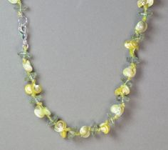 """LINDA'S  YELLOW & GREEN SEA SHELL & ACRYLIC SILVER PLATED 18""""  NECKLACE   #LindasCabsJewelryGemstones #StrandString"""