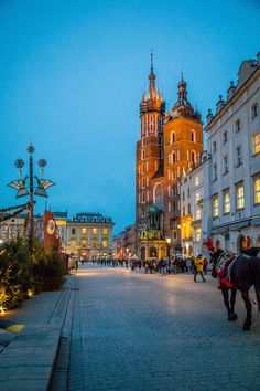 krakow-at-christmas-one-of-my-favorite-towns-to-visit