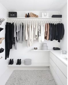 Oh....talk about wardrobe envy. Monochrome organised minimalist heaven. Please share if you know the owner of this wardrobe/design. #walkinrobe #minimalism #organisedspace #clearmind #monochromehome #minimaliststyle by neutralinstinct