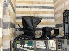 #magiaswiat #podróż #zwiedzanie #damaszek #blog #azja #saladyn #syria #mauzoleum #meczet #umajjadow #krysztalowy #azim #palac #bosra #palmyra #malouli #malula Palmyra, Malu, Syria, Baby Strollers, Blog, Baby Prams, Prams, Blogging, Strollers