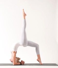 Images Of People Doing Yoga If you currently do yoga, or are considering indulging in it then you need to know these techniques. Yoga is a Yoga Inspiration, Fitness Inspiration, Yoga Fitness, Sport Fitness, Fitness Quotes, Fitness Goals, Health Fitness, Yoga And More, How To Do Yoga