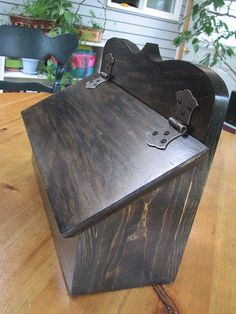Mailbox by rgdaniel, via Flickr Wooden Mailbox, Diy Mailbox, Wall Mount Mailbox, Wooden Diy, Mailbox Ideas, Barn Wood Projects, Outdoor Projects, Commercial Mailboxes, Residential Mailboxes