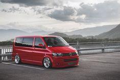 Volkswagen Transporter with AirREX Air Suspension Kit Vw T5 Campervan, Vw Vanagon, Vw T5 Tuning, Mini Van, Vw Transporter Van, Astro Van, Vw Caravelle, Volkswagen Models, Cool Vans