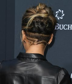 Halle Berry shows off dramatic new undercut hair style as she wows in leather at John Wick Parabellum LA premiere Estilo Halle Berry, Halle Berry Storm, Undercut Natural Hair, Natural Hair Styles, Short Hair Styles, Undercut Hairstyles Women, Long Shaved Hairstyles, Halle Berry Hairstyles, Pixie Cuts