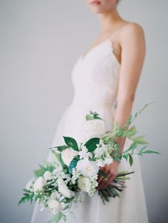 White Bridal Bouquet | Modern Minimalist Wedding Inspiration By Amanda Wei Photography