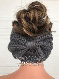 Free Crochet, Knit Crochet, Crochet Hats, Headband Crochet, Crochet Beanie Pattern, Crochet Patterns, Bun Bow, Bandeau, Crochet Accessories