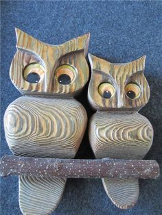 I like these simple wooden owls...