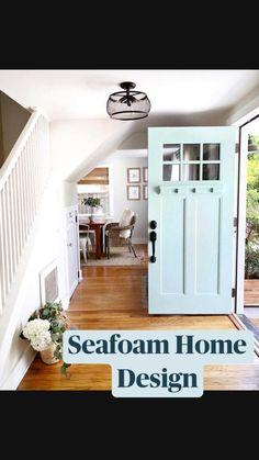 Green Front Doors, Painted Front Doors, Front Door Overhang, Bright Front Doors, Best Front Door Colors, Front Door Paint Colors, Exterior Front Doors, Exterior House Colors, House Paint Exterior