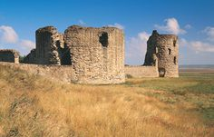 Flint Castle: Begun in 1277, one of the first castles to be built in Wales by King Edward I.