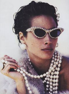 8 Ways to Make a Statement with Sunglasses and Earrings This Summer