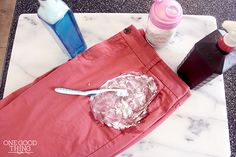 Get Oily Stains Out Of Colored Clothing Wet area with hydrogen peroxide, put a few drops of Dawn dishwashing liquid on it. sprinkle it with baking soda Use an old toothbrush to scrub the stain. let it sit for hour then launder as usual. Remove Oil Stains, Grease Stains, Dawn Dishwashing Liquid, Stain On Clothes, Baking Soda Uses, Laundry Hacks, Cleaners Homemade, House Cleaning Tips, Cleaning Supplies