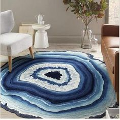 Blue and Purple Crystal Cross Pattern Round Rugs