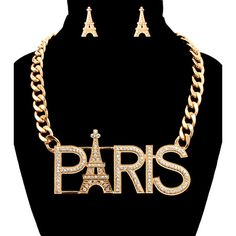 PARIS Necklace Set ❤ liked on Polyvore featuring jewelry, necklaces, accessories, set necklace, clear crystal necklace, clear crystal jewelry, clear necklace and clear jewelry