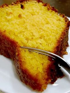 Orange cake with peel - Soft and moist with the sour orange, perfect for eating at breakfast time! Fall Dessert Recipes, Fun Desserts, Fall Recipes, Appetizer Recipes, Other Recipes, My Recipes, Cooking Recipes, Favorite Recipes, Brazillian Food