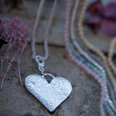 Tutti & Co Miah Long Chain Heart Clip Necklace|lizzielane.co.uk £26.95