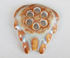 Handmade porcelain pendant ocher and Light Blue por Majoyoal