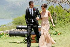 What did you think of Desiree Hartsock's Engagement Gown? #bachelorette