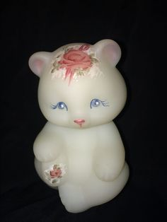 LOVELY LITTLE FENTON WHITE SATIN BEAR FIGURINE HAND PAINTED ROSES SIGNED