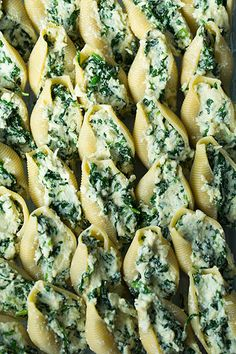 Spinach and Cheese Stuffed Shells. Hearty Stuffed Shells made with a trio of flavorful cheeses, tender spinach, fresh herbs, and homemade or store-bought marinara. Pure comfort food that's sure to satisfy and a dinner everyone can agree on! I Love Food, Good Food, Yummy Food, Tasty, Great Recipes, Dinner Recipes, Favorite Recipes, Drink Recipes, Dinner Ideas
