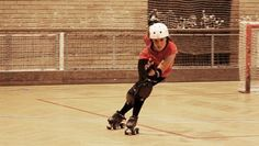 Crossovers may probably seem really mastered for most of us, since it's one of the first skills skaters learn, but you know how I think skills can always be improved? Here are some questions …