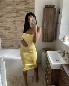 See other great ideas about Design and style clothes, Loot clothes and Girl fashion. Outfits Mujer, Dressy Outfits, Dope Outfits, Swag Outfits, Night Outfits, Summer Outfits, Girl Outfits, Fashion Outfits, Fashion Clothes