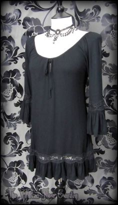 Hippie Goth Black Lace Trim Ruffle Tunic Top S 8 10 Romantic Goth Boho Casual | THE WILTED ROSE GARDEN