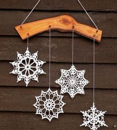 Snowflakes are amazing, beautiful and captivating. They bring interesting shapes into winter home decorating and brighten up home interiors. Snowflakes are versatile for any winter decorating style and suitable for all rooms and outdoor living spaces.    Unique and gorgeous snowflakes give great ins