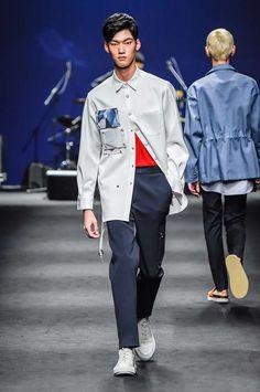 Male Fashion Trends: Customellow Spring-Summer 2017 - Seoul Fashion Week