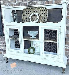 repurposed furniture I took the top of an old hutch, flipped it over and turned it into a beautiful cabinet Refurbished Furniture, Repurposed Furniture, Furniture Makeover, Painted Furniture, Refurbished Hutch, Repurposed China Cabinet, Handmade Furniture, Chair Makeover, Repurposed Items
