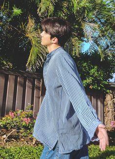 Welcome to FY-EXO, an archive of all content related to EXO. Sehun Cute, Chanyeol Baekhyun, Park Chanyeol, Exo Lockscreen, Z Cam, Wattpad, Exo Members, Kpop, Boyfriend Material