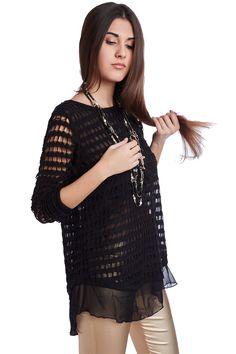 Black sweater with chiffon - 39,90 € - https://q2shop.com/