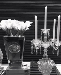 Pure love✨ Versace Platinum ✨ #sales  #rosenthal @officialRosenthal #Versacehome #blackandwhite #chanel