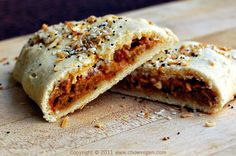Vegan Hot Pockets - can make a bunch of these in day and have some quick meals for Ant's lunch!