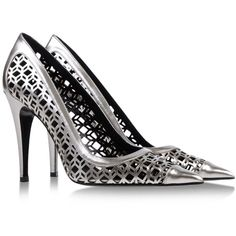 Pierre Hardy Pumps (13,985 THB) ❤ liked on Polyvore featuring shoes, pumps, grey, grey pumps, laser cut shoes, pierre hardy pumps, spiked heel pumps and pierre hardy shoes