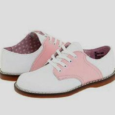 I had a pair of these as a little girl and I loved them!